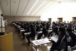 体育会所属・付属46団体から主将や主務、体育会本部員など129名の学生が参加。